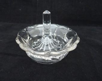 Vintage Ring Holder, Clear Glass Ring Holder, Scallop Clear Glass Jewellery Dish, Clear Glass Ring Dish