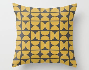 8 colours, Spicy Mustard, Circles Pattern Pillow and Insert, Charcoal black, Scandinavian style, Geometric pillow, Nordic, Indoor or Outdoor