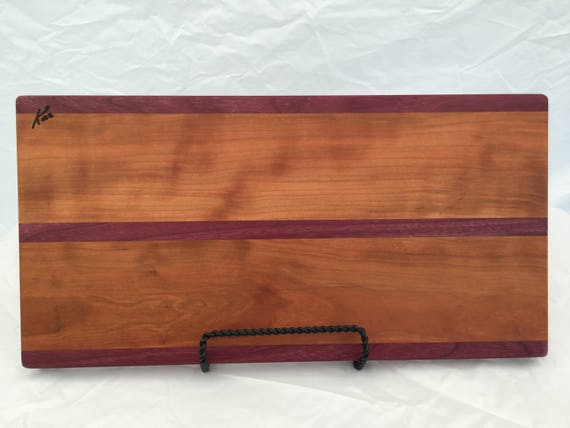 Cutting board made from cherry and purple heart woods