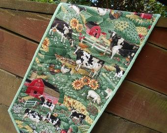 Quilted Table Runner, Farm Table Runner, Cow Table Runner, Kitchen Decor,  Sunflower