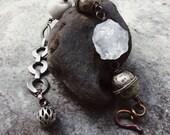 Raw crystal bracelet | quartz bracelet, raw stone bracelet, boho jewelry, quartz crystal, rustic bracelet, assemblage jewelry