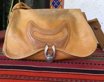 Vintage 1970's Leather shoulder bag purse