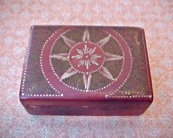 Charming Little Antique Wooden Trinket Box with Painted Folk Art Star Burst in Relief Design