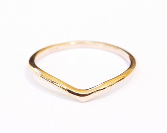 delicate Gold Wedding Band, Dainty Gold Ring, V Wedding Ring, Thin Gold Ring, Delicate Gold Ring, Elegant Wedding Band