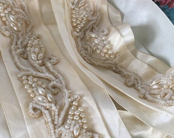 Vintage Cream Silk Satin Bridal Sash. Exquisitely Beaded Belt Sash for Wearing With a Wedding Dress. Hand Stitched SILK SASH.