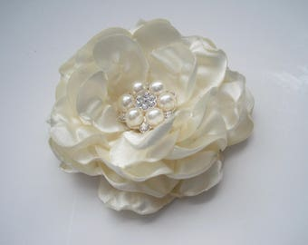 Gorgeous Ivory Shantung Satin Bridal Flower Hair Clip Bride Mother of the Bride Bridesmaid with Beautiful Pearl and Rhinestone Accent