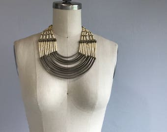 Vintage 70s Tribal Necklace / 1970s Ethnic Silver Bone Bib Necklace Jewelry