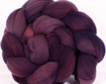 Hand- dyed Rambouillet Top ( 4.8 oz. ) - Summit