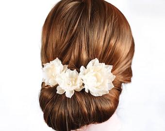 417_Champagne hair clips, Cream hair accessories, Wedding hair clips, Beige flowers for bride, Hair clips, Flower hair clips, Hair flowers.