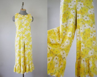 1960's Yellow Floral Cotton Jumpsuit Romper / Size Small/Medium