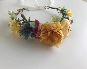 Buttercup flower crown