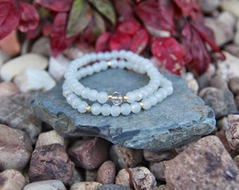 Irredencent white crystal beaded bracelets