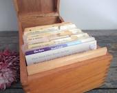 Vintage Recipe Box, Handwritten Recipes, Housewarming Gift, Grandma's Kitchen, Kitchen Storage