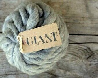 Grey Merino - 10,5 oz / 300gr - Natural GREY Merino - Arm Knitting Yarn - Super Chunky Yarn