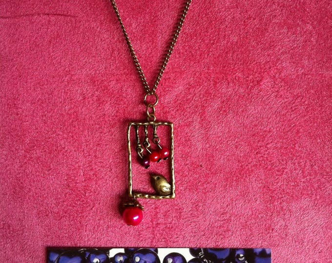 Necklace chain brass window bird fuchsia 006