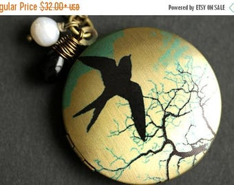 BACK to SCHOOL SALE Bird Locket Necklace. Flying Sparrow Necklace with Black Teardrop and Fresh Water Pearl. Bird Necklace. Bronze Locket. H