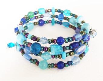 Bracelet manchette multirangs - Bleu du Ciel dans l'Univers - Perles de Verre, Métal Argenté - Bijou créateur, fait-main, pièce unique