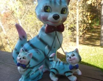 Vintage Lipper & Mann Blue Tabby Cat With Kittens   (T)