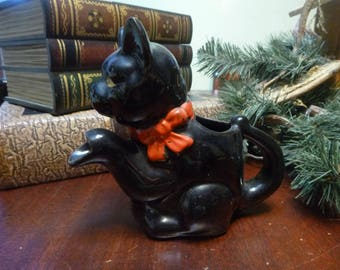 Vintage 1950's Black Cat Shafford Redware Cat Creamer With Paw For Spout (T)