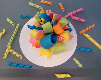 1 Edible BOW with twirls for extra cake decoration/ gum paste / fondant / sugar /  birthday / cake decoration or topper