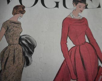 Vintage 1950's Vogue 9281 Dress Sewing Pattern, Size 16 Bust 36