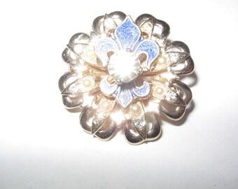 1960s Rhinestone Gold  Tone Pin Brooch Vintage Costume Jewelry  #e186