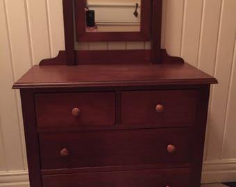 Adorable Children's Dresser/Vanity