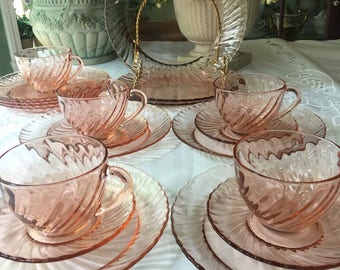 Service for 4 Arcoroc France Pink Swirl Tea Set12 pieces