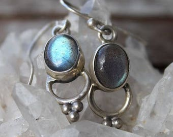 Silver stone earrings natural Labradorite and silver shantiligt