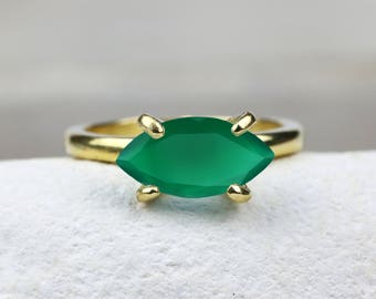 CHRISTMAS SALE - Green onyx ring,gold ring,stack ring,marquise ring,gem stone ring,semiprecious ring,emerald ring