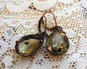 Slate Gray Black Diamond Wedding Earrings, Bridal Earrings, Vintage Rhinestone Pear Earrings, Statement Earrings Estate Style