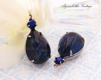 Vintage Marbled Montana Blue Pear & Naby Blue Rhinestones Set Stone Drops 26x13mm in Raw Brass, Matte Black, Antique Silver Settings – 2