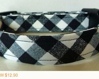 "Sale - 40% Off Dog Collar - Black, Grey & White Modern Plaid Collar - ""Tucker"" Free Colored Buckles"