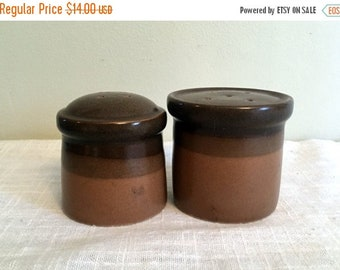 17% OFF SALE Mikasa Potters Art Buckskin Salt & Pepper Shakers PF012 Tan with Brown Edges Ben Seibel Design Japan  Eighties  Excellent Cond
