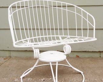 Vintage mid century chaise lounge chair for the patio garden for Chaise wire eames