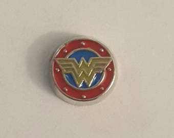 Wonder Woman Super Hero Floating Charm- Origami Owl- Living Locket
