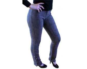 Pantalon droit en tweed gris et carreaux multicolores