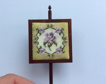 Georgian miniature pole screen for your doll's house