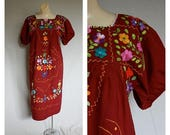 Sale Mexican Peasant Dress / Embroidered Mexico Boho Dress / Cinco De Mayo Dress / Vintage 1980s Mexican Dress M/L
