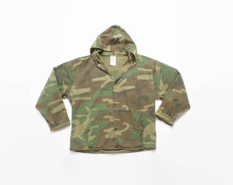 Vintage 80s CAMO Jacket / 1980s Hooded Lightweight Camouflage Jacket with Hood L