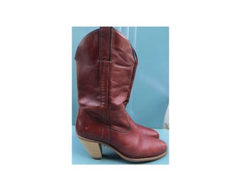 Vintage 1980's Capezio Western cowboy stacked heel brown leather boots hipster retro