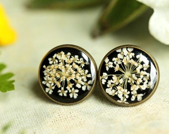Pressed flower earrings, real flowers, floral earrings, black and white, gift for her, stud earrings, resin jewellery, made in Ireland