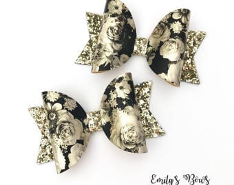 Black and Gold floral and glitter hair bow. Hair clip. Girls Medium size floral hair bow. Party bow. Glitter hair bow.
