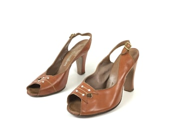 1940s shoes, 40s shoes, vintage shoes, tan shoes, 7 65 brown shoes leather shoes, peep toe pumps, sling back