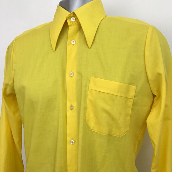 "Vintage shirt 1970s polycotton sunshine yellow mens shirt long sleeves disco party fittee dagger collar 16"" 70s jazzy pimp sexy"