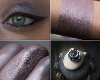 Eyeshadow: Quickening Stones - Mountain Thorp. Gray-brown satin eyeshadow by SIGIL inspired.