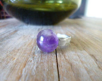 Polished round Amethyst, semi precious stone on Adjustable ring by hammering, shades of purple aluminum ring.