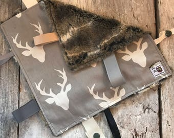 Baby Little toy blanket, deers on grey, fake fur on the back