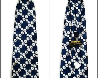 Snapper Necktie Navy Blue and White Clip On Tie