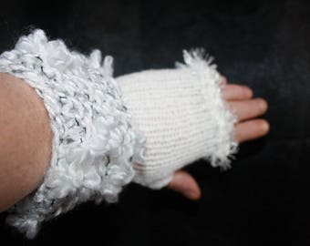 white gloves, size 6:7 fancy bouquet yarn and acrylic